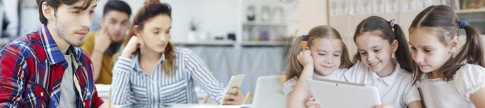 Online Spanish Lessons for Kids - Easy Español